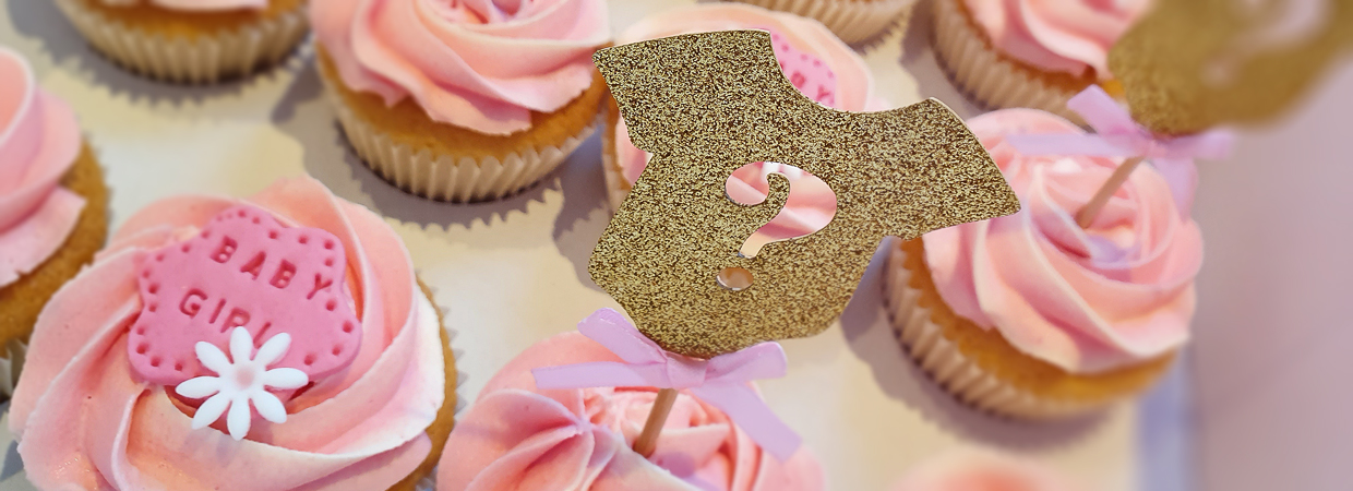 Baby girl christening cupcakes